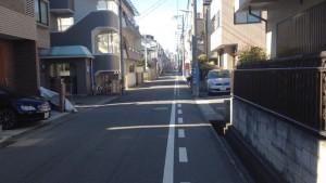 ワコーレ神戸本山中町_マンションの裏側