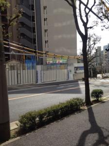 ワコーレ新神戸マスターズレジデンス_北側を反対道路から撮影