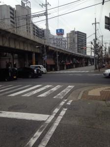 有馬街道沿い交差点