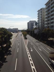 駅前の橋から「ジオ西神中央」方面