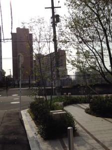 マンションの隣の豊崎変電所
