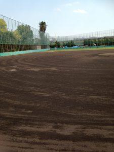 「浜甲子園運動公園」の野球場の中の様子