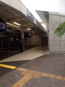 仁川駅東口の出口