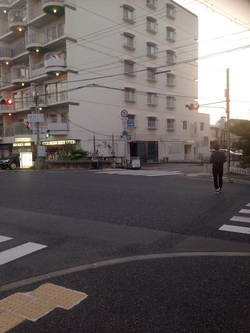 武庫之荘三丁目 交差点