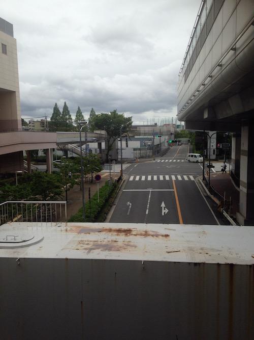 大阪モノレールからマンション方向の写真
