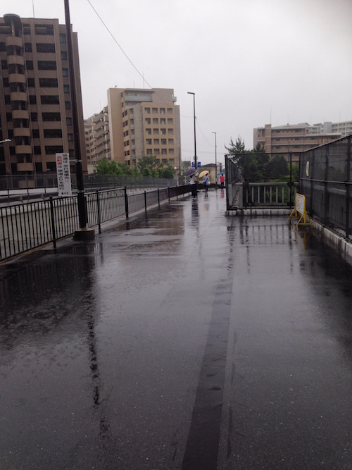 中国自動車上の歩道橋