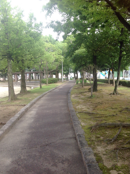 緑の豊かな散歩道