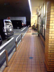 セブンイレブンの駐車場