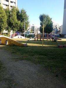 「野崎公園」の遊具