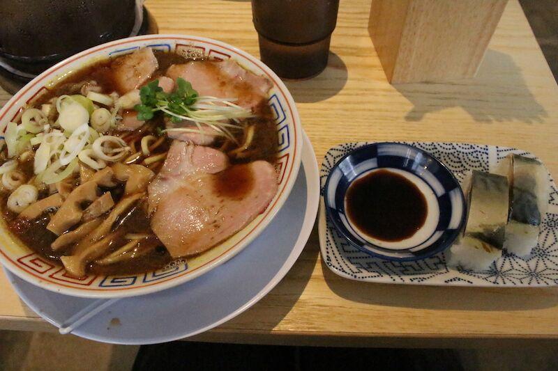 サバ6製麺所*グランメゾン新梅田タワー周辺